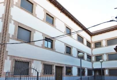 Flat in calle Caleras, nº 21